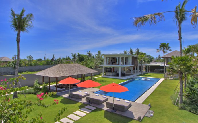 Bali Villas Accommodation Canggu | Bali Villa 5 Bedrooms