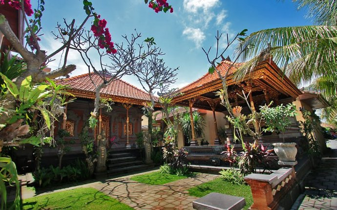 Panoramio - Photo of Balinese Traditional House