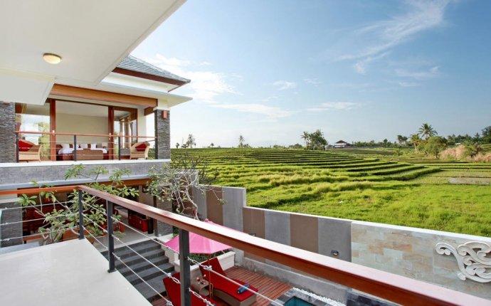 Pegipegi on Twitter: 10 villa di Canggu, Bali ini dikelilingi