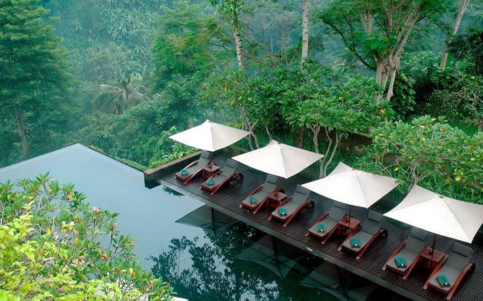 Sewa Villa Mewah di tempat wisata populer dan indah - Ubud Bali